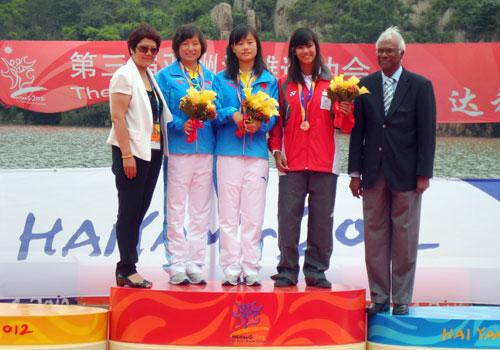 2012 Asian Beach Games Women Wakeboard Winners copy